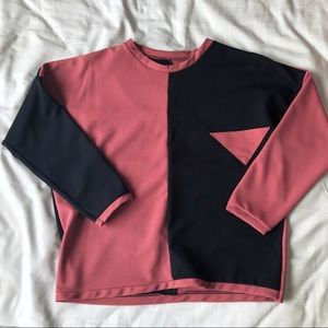 Color Block Cropped Sleeve Shirt